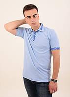 Молодежная мужская футболка-поло с оригинальной вышивкой гладью