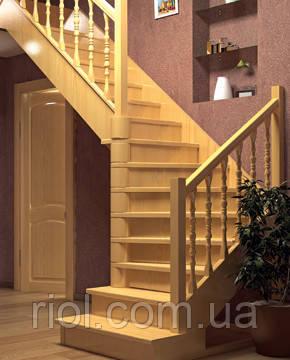 Деревянная лестница междуэтажная