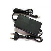 Блок питания 2А 12В кабель 2м, в пластиковом корпусе, импульсный, внутрений, для видеокамер