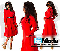 Стильное женское платье средней длины с оригинальными карманами, рубашечным воротником, блестящими пуговицами и тонким пояском в комплекте красное