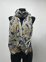 Бежевый шарф с птицами