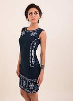 Очень красивое вышитое платье без рукава расшито орнаментом гладью