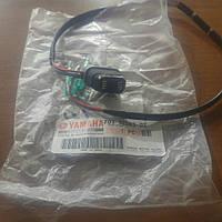 703-82563-02 Кнопка трима Yamaha 703