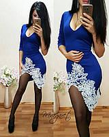 Женское стильное платье с удлинением сзади