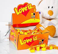 Жевательная резинка Love is... со вкусом ананаса и апельсина
