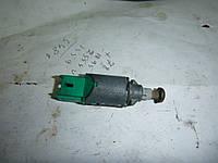 Датчик стопов (лягушка) Renault Kangoo I 03-08 (Рено Кенго), 8200168240