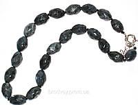 Ожерелье из лабрадора