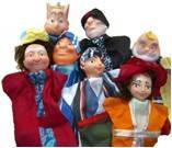 Экскурсия по городу с посещением кукольного театра.