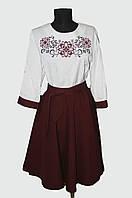 Жіноча вишиванка-костюм