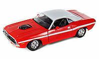 MAISTOАвтомодель (1:24) 1970 Dodge Challenger R/T Coupe красный