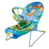 Детский шезлонг качалка Joy Toy  60662, ремень безопасности, дуга с погремушками, вес 3 кг