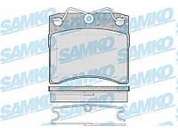 Гальмівні колодки передні без датчика (LUCAS,R15,вент. диск, 91.7х80х17.7mm) VW T4 90-03 5SP437 SAMKO (Італія)
