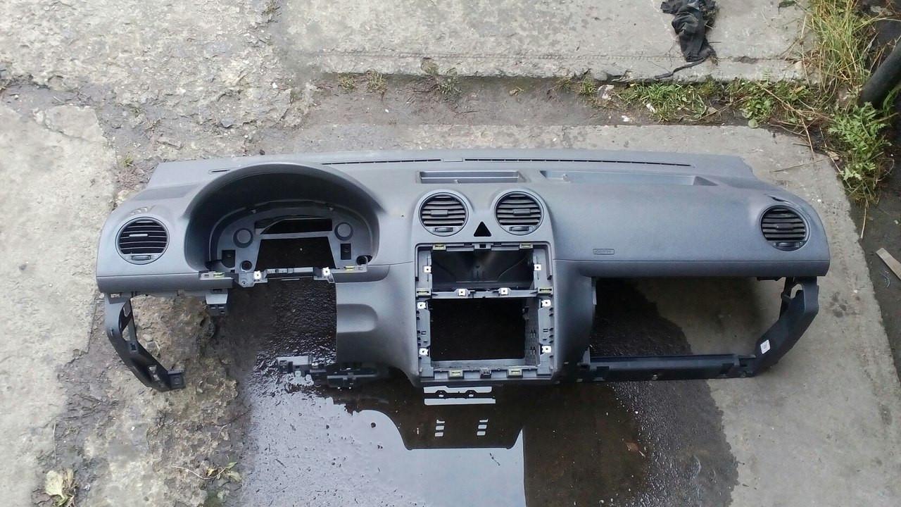 Б/у торпедо/накладка Volkswagen Caddy