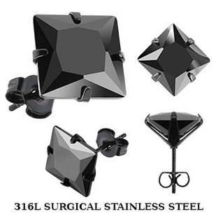 Сережки пуссети з медичної сталі з чорним фианитом Spikes