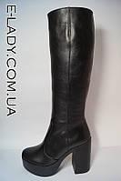 Сапоги женские зимние из натуральной кожи на платформе и устойчивом каблуке