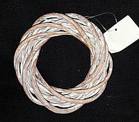 Красивый венок из лозы, цвет - св. коричневый, 15 см., 40