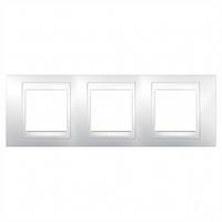 Рамка 3 поста белая Schneider Electric Unica Plus