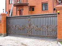 Производство кованых откатных ворот в Херсоне с покраской доставкой и монтажом