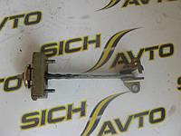 Ограничитель передней двери MB Sprinter W901-905 1996-2006