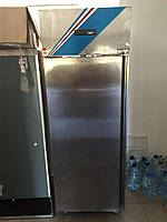 Холодильный шкаф из нержавеющей стали
