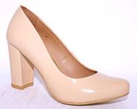 Польские лаковые бежевые туфли