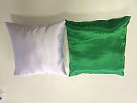 Подушка квадратная атласная бело-зелёная.