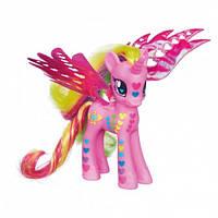 My Little Pony Принцесса Каденс с волшебными крыльями Fantastic Flutters Princess Cadance Figure A9974H