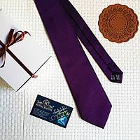 """Стильный галстук """"Burton"""" фиолетовый, в подарочной коробке."""