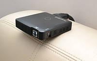 Ультракомпактный DLP LED проектор с HDMI входом и аккумулятором.  Яркий портативный DLP LED проектор со встроенным Li-Pol аккумулятором