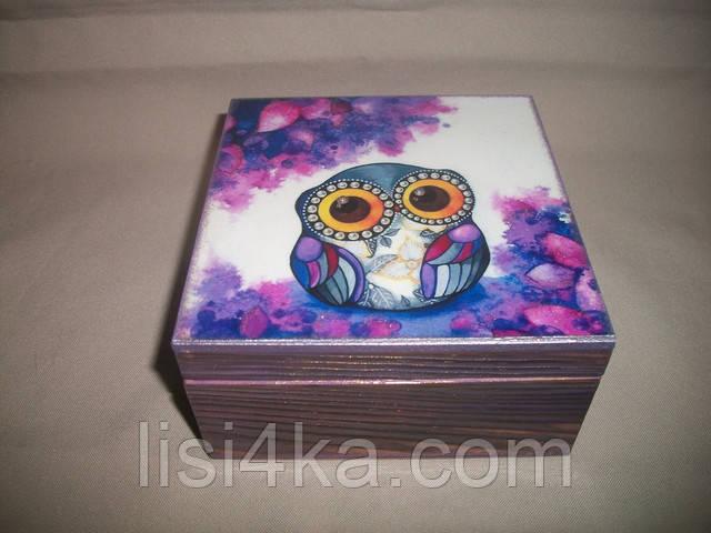 Деревянная розово-фиолетовая шкатулка с милой совой