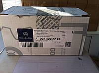 Тормозные колодки Мерседес ML/ GL W 166 A 0074207720