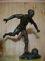 Футболист, Бронза S.lemoyner Нач. XX-го века