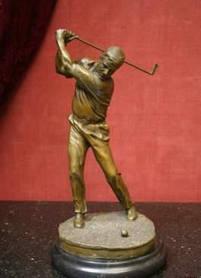 Скульптура Гравець у гольф першою пол. ХХ століття Бронза
