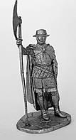 Оловянный солдатик. Кнехт Тевтонского Ордена с алебардой.