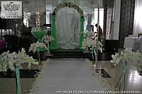 Оформление выездной церемонии с орхидеями в мятном цвете