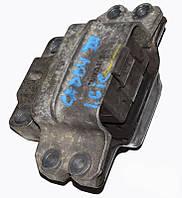 Подушка двигателя лев 1.4 16v vw,1.6 8V vw VW Caddy III