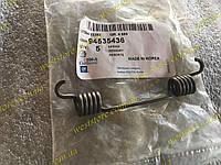 Пружина задних тормозных колодок большая нижняя Ланос Сенс Lanos Sens Nubira GM 94535436