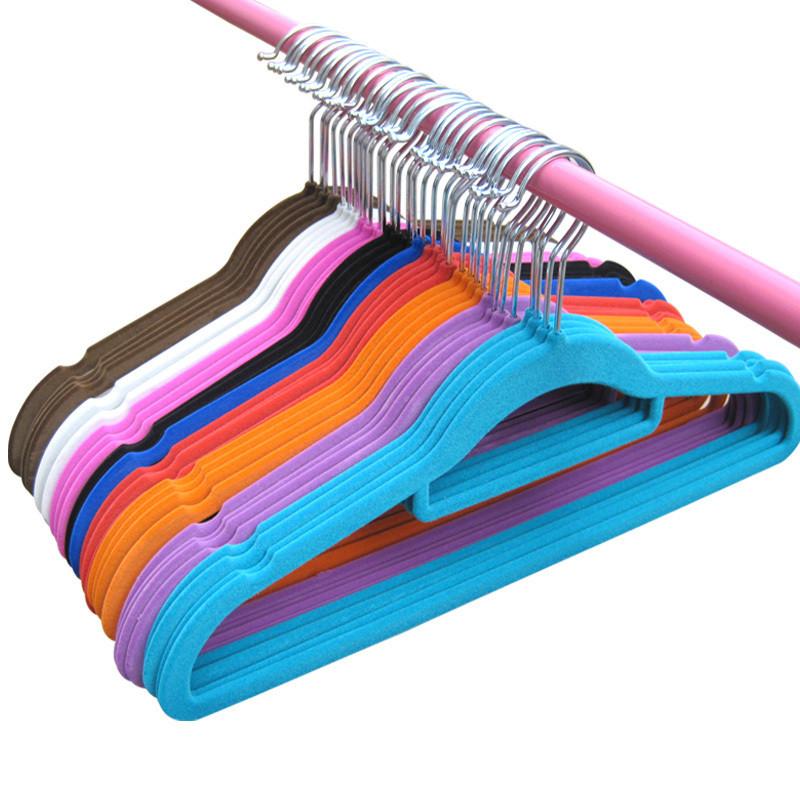Вешалка для одежды с бархатным покрытием 42см. 2 цвета