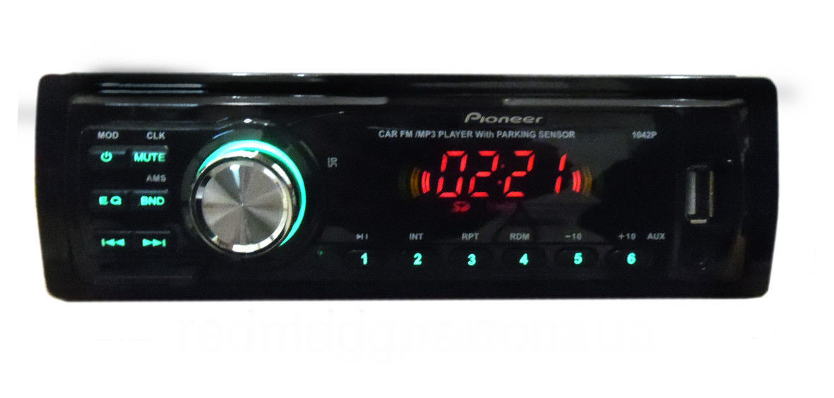 Магнитола автомобильная Pioneer 1042P / ISO USB флешки + SD карты памяти + AUX + FM (4x50W)