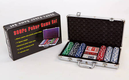 Покер в алюминиевом кейсе 300 фишек с номиналом