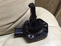 Датчик уровня масла 2.0 SDI 8V vw VW Caddy III