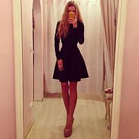 Платье с длинным рукавом и клешенной юбкой