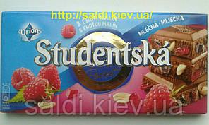 Шоколад Studentska молочный с малиной и орешками