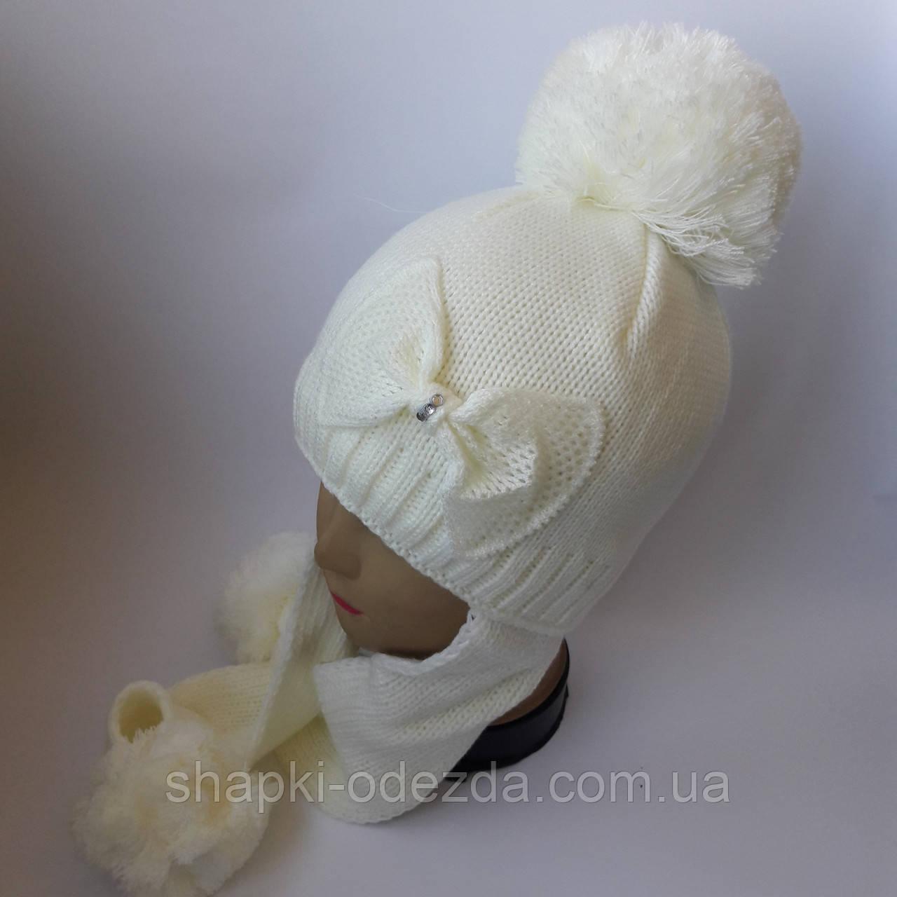 детская вязаная шапка с ушами для девочки остались белые и молочные