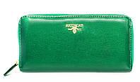 Оригинальный  клатч в зеленом цвете из натуральной лакированной кожи BETH CAT (30078)