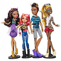 Monster High Семья Вульфов Клод Клодин Клодия Хоулин Wolf Family 4 DOLL SET