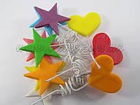 Сердца и звезды на проволоке