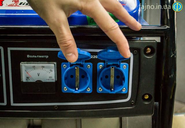 Бензиновый асинхронный генератор Tiger 3700 фото 4