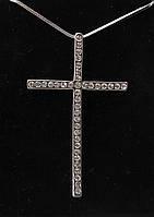 Крест с родиевым покрытием и стразами Swarovski  на цепочке.