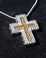 Крест с янтарными и прозрачными стразами Swarovski на цепочке